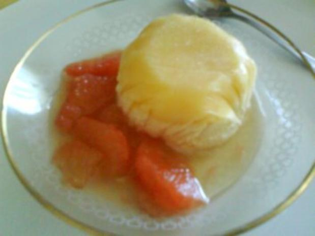 Grapefruit-Honigparfait mit Grapefruitfilets - Rezept