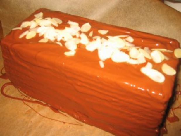 Backwaren:  Nuss-Schoko-Kuchen... - Rezept