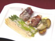 Seeteufel-Medaillons mit Serranoschinken an Spargel und Rosmarinkartoffeln - Rezept