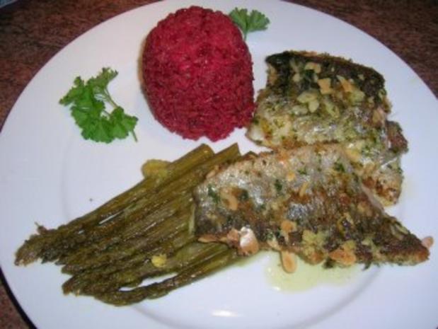 Forellenfilets mit Mandelkruste an grünem Spargel und Rote Beete Reis - Rezept - Bild Nr. 10