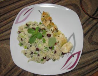 Limetten-Hähnchenspieße auf Cranberry-Minz-Reis - Rezept