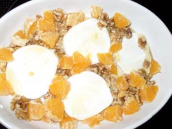 Warmer Ziegenkäse mit Orangen-Honig-Wallnüssen - Rezept