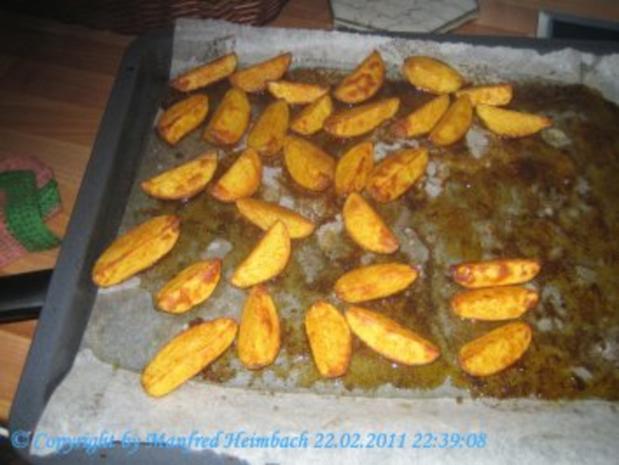 Fleisch – Holzfällersteaks mit Farmfries und Gurkenschmand - Rezept - Bild Nr. 4