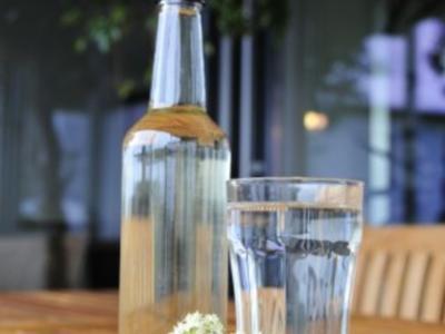 Holunderblütensirup - Rezept