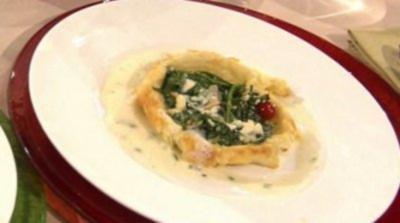 Spinat-Quiche mit Thymiansoße à la Steffen Henssler - Rezept