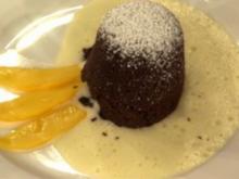 Warme Schokoladentörtchen mit Zabaione und frischen Früchten (Janine Kunze) - Rezept