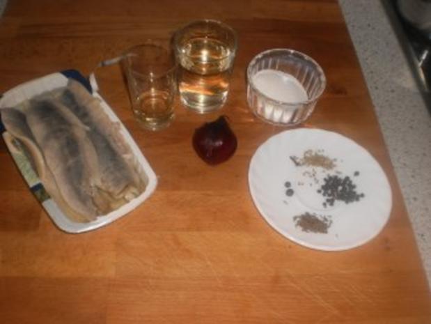 Eingelegter Hering mit Aquavit - Rezept - Bild Nr. 2