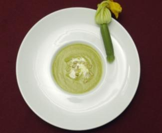 Zucchini-Curry-Cremesuppe (Klaus Baumgart) - Rezept - Bild Nr. 9