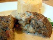 Minihackbraten mit frühlingshaftem Kartoffel-Möhren-Püree und Gemüseschaum - Rezept