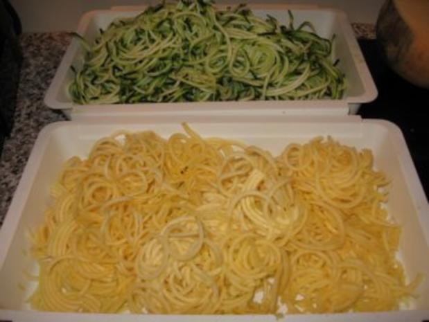 Wildlachs mit Gemüsespaghetti - Rezept - Bild Nr. 2
