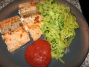 Wildlachs mit Gemüsespaghetti - Rezept
