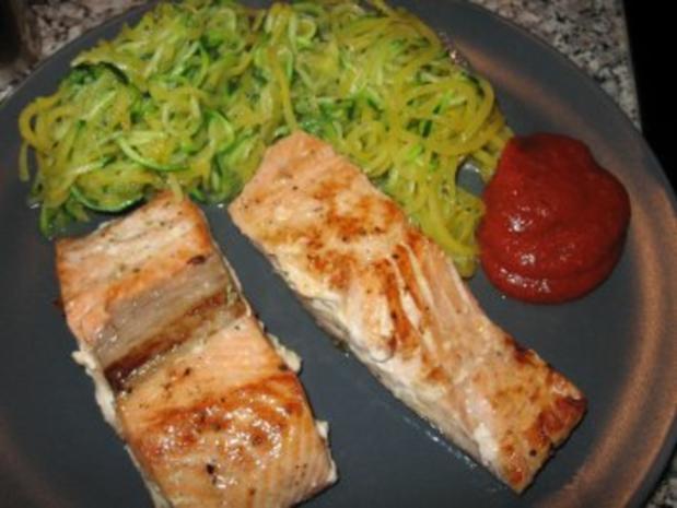 Wildlachs mit Gemüsespaghetti - Rezept - Bild Nr. 3