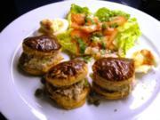 Thonsalat im Blätterteig mit Tomaten-Kopfsalat EURO 5,55 für 4 Pers. - Rezept