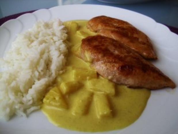 Hähnchenbrust mit Ananas- Curry Sahnesauce - Rezept