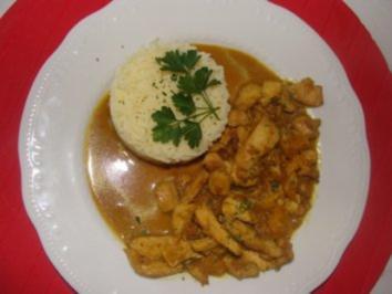 Geflügel : -Brustfiletgeschnetzeltes in Curry-Orangensauce - Rezept