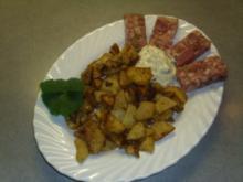 Pfannengerichte: Bratkartoffeln mit Sülze und Remouladensosse - Rezept