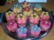 Backen: Blumige bunte Frühlings-Muffins - Rezept