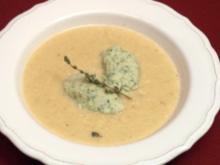 Sauerkrautsüppchen mit Spinat-Zander-Klößchen - Rezept