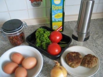 Rezept: Eierspeisen:  Reste-Omelett mit Frikadellen/Bouletten