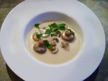 Champignonsuppe mit Chillischoten - Rezept