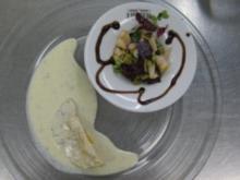 Gefüllte Teigtaschen mit Birne an Gorgonzola-Sahnesoße - Rezept