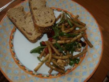 Nudelsalat mit Ruccola - Rezept