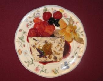 Eissplittertorte an Fruchtspiegel - Rezept