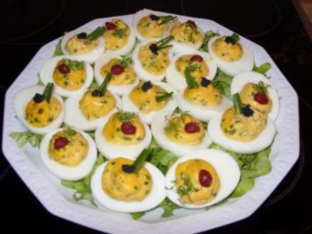 B: Gefüllte Eier - Rezept