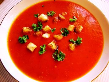 Tomatensuppe mit Speck-Knoblauch-Croutons - Rezept - Bild Nr. 285
