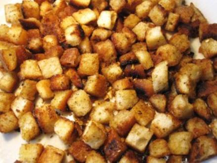 Speck-Knoblauch-Croutons ... - Rezept