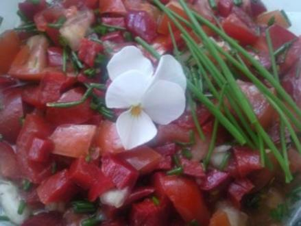 Tomaten-Paprika-Salat - Rezept