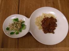Rehragout mit Haselnuss-Spätzle an Kräuterseitling - Rezept