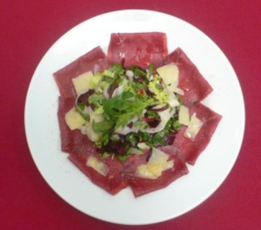 Fenchelsalat mit Bündnerfleisch und Parmesan - Rezept