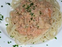 Blaulengfilet in Lachs-Dillsoße und ital. Pasta - Rezept