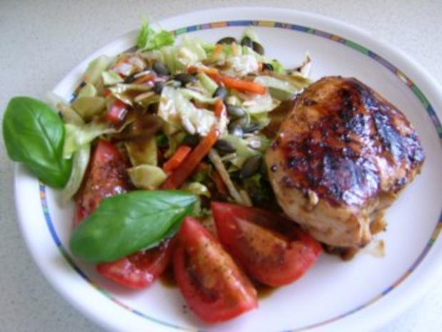 Hähnchenbrust mit Salat - Rezept