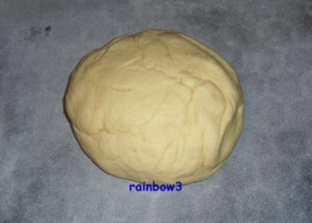 Pizza: Pizzateig mit Maismehl - Grundrezept - Rezept