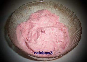 Rezept: Dessert: Erdbeer-Balsamico-Eis