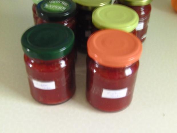 Erdbeermarmelade mit Tonkabohne - Rezept