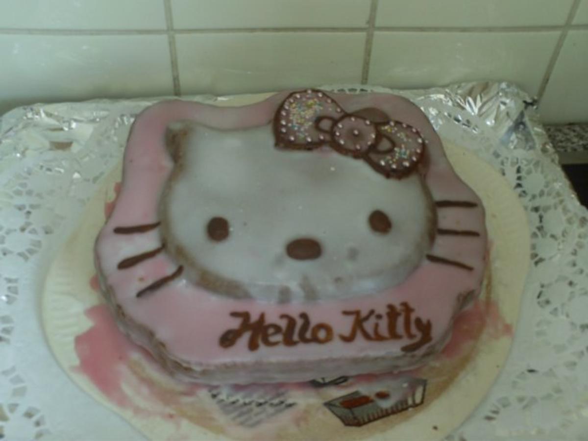 Hello Kitty Kuchen Motivbackform Rezept Kochbar De