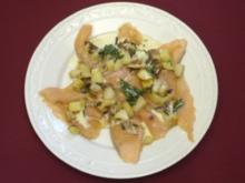 Gebackener Lachs mit Honig Senf Sauce (Claudia Effenberg) - Rezept