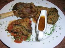 Lammhaxen, geschmort mit Auberginen und Tomaten - Rezept