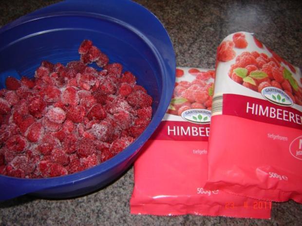Kuchen & Torten : Himbeer-Schmand-Kuchen mit Eierlikörguß - Rezept - Bild Nr. 2