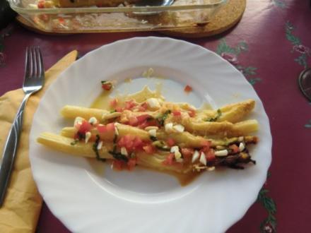 Spargel mit Parmesan gratiniert und einer leckeren Eier-Vinaigrette - Rezept