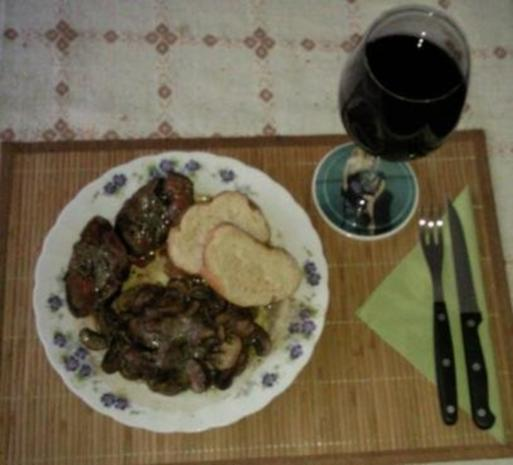 Rinderfilet mit Pilzen und Trüffelbutter - Rezept