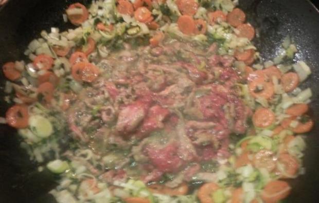 Gemüse, Rindfleisch und Nudeln aus den Wok - Rezept - Bild Nr. 11