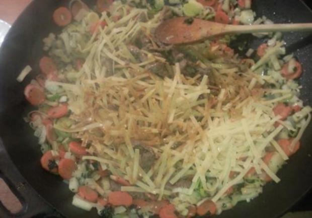 Gemüse, Rindfleisch und Nudeln aus den Wok - Rezept - Bild Nr. 12