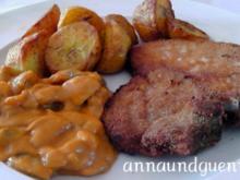 ~Mittagstisch~paniertes Kotelett mit Metaxa-Champignon-Sauce und gebratenen Pellkartoffeln - Rezept