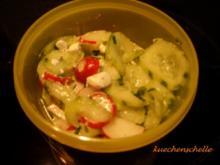 Gurken-Radieschen-Salat mit Schafkäse - Rezept