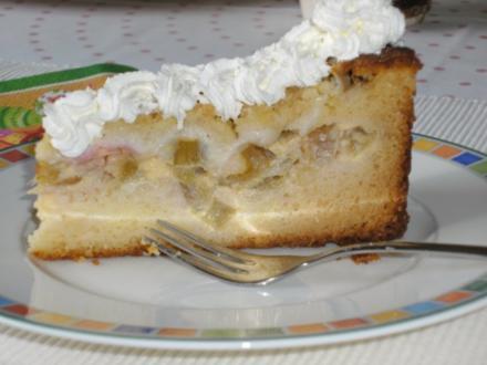 Rhabarberkuchen mit Butterstreuseln - Rezept