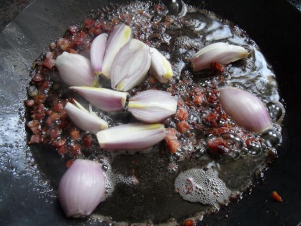 Schweinenacken-Koteletts in Gin-Schalotten-Sauce - Rezept - Bild Nr. 5